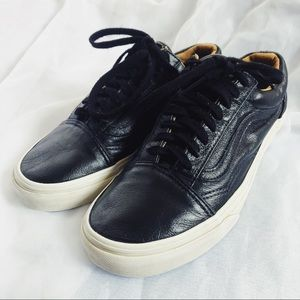 Vans Old Skool Leather Sneaker